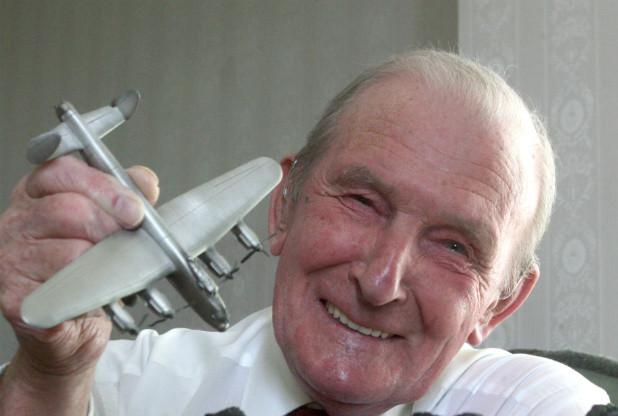 Have a gr8 Birthday weekend 2 this remarkable 93yo & he needs no introduction. #Dambusters #Lancaster #JonnyJohnson http://t.co/qu2T8z01sF