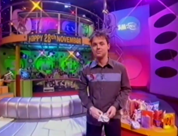 RT @SMTVGold: HAPPY 28th NOVEMBER! @antanddec @catdeeley #SMTVLive http://t.co/pylEAxrrG1