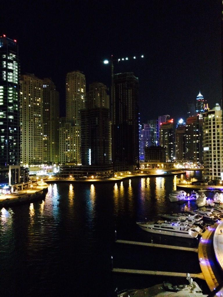 Best view eating at @thescenedubai http://t.co/h5gxVUJu0w