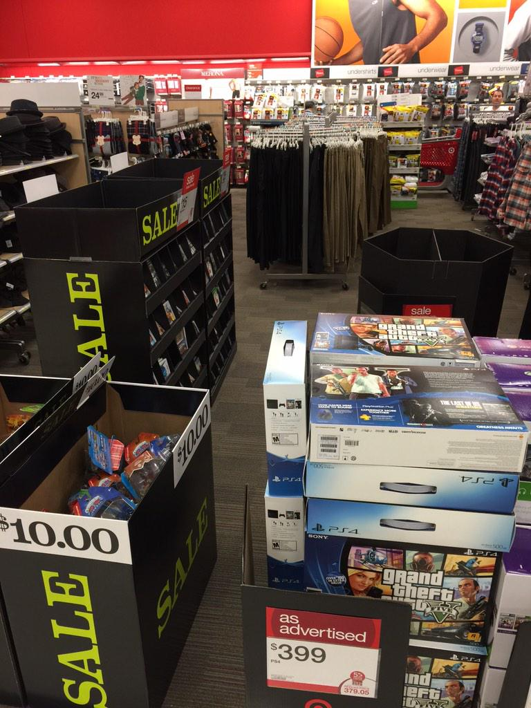Microsoft: Xbox One 'Sales were incredible' on Black Friday, Takes Jab at Sony