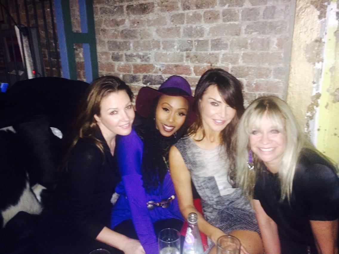 Cuban night with lovely @JoWoodOfficial @folami @helenhandmakeup #weare10 http://t.co/q7UE7uZeYB