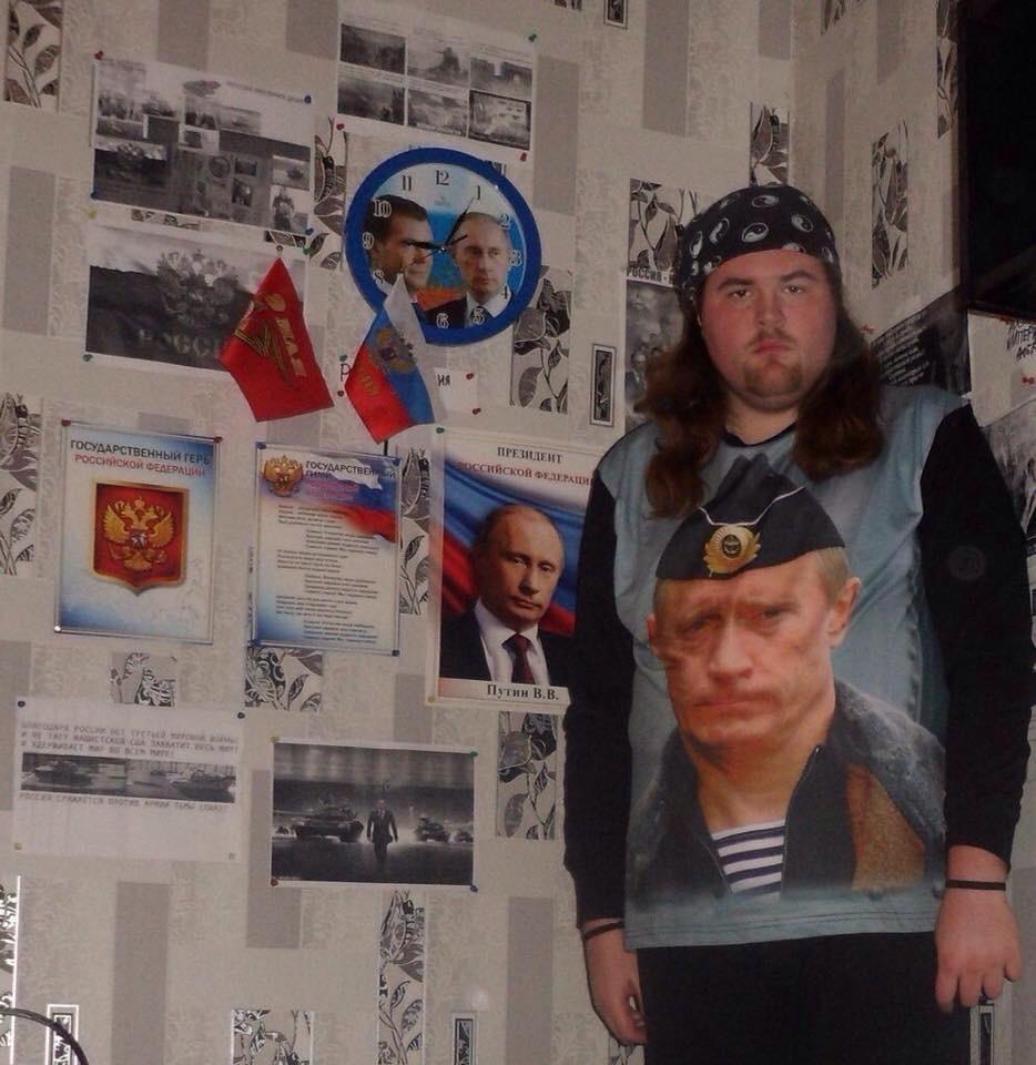 """""""Люди, нужно срочно остановить Путина! Нет - третьей мировой войне!"""", - активист устроил одиночный пикет в Минске - Цензор.НЕТ 3593"""