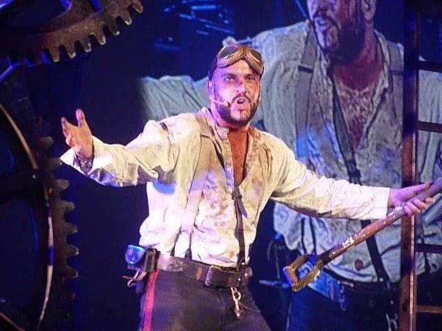 RT @Rachelsmith91: @shayneTward @BrianMcFadden Amazing performances at Sheffield last night :) some more of my photos! http://t.co/V4XiZLBH…