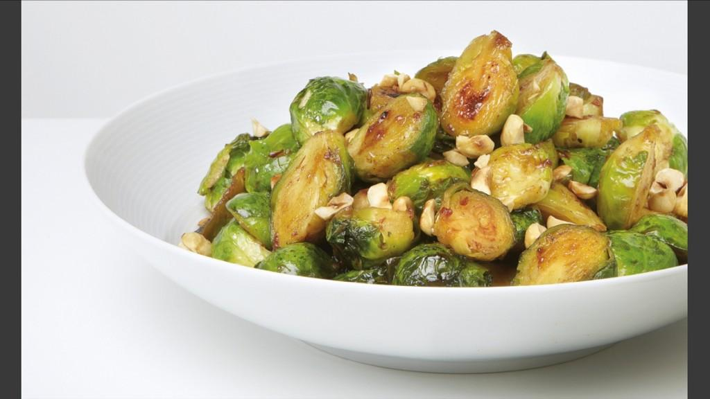 Best way with sprouts? Smoky chipotle, honey, lime and toasted hazelnuts... @guardianweekend #weekendcook http://t.co/xndPcDOGRr