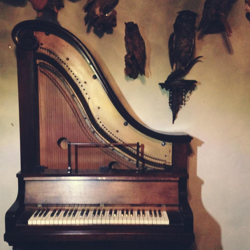 """This lil' Victorian gem is a rare """"giraffe"""" piano. It is by far my favourite and most-played instrument that I have. http://t.co/8VqEbDhNWN"""