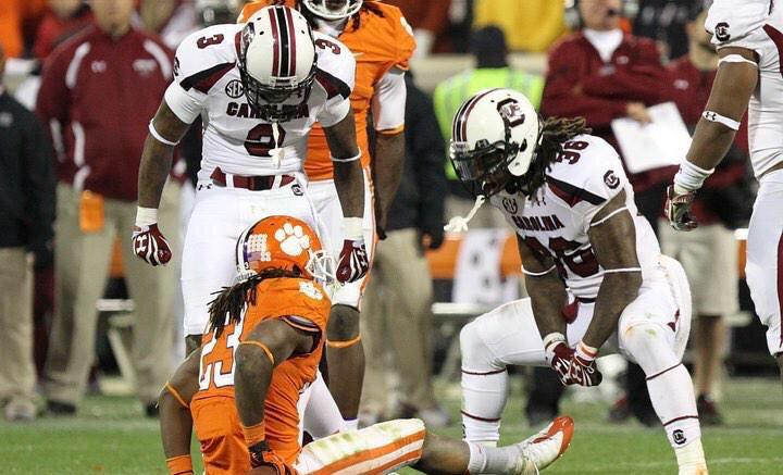 It's Gameday! #GoGamecocks #BeatClem! http://t.co/rYAqpTAC3W