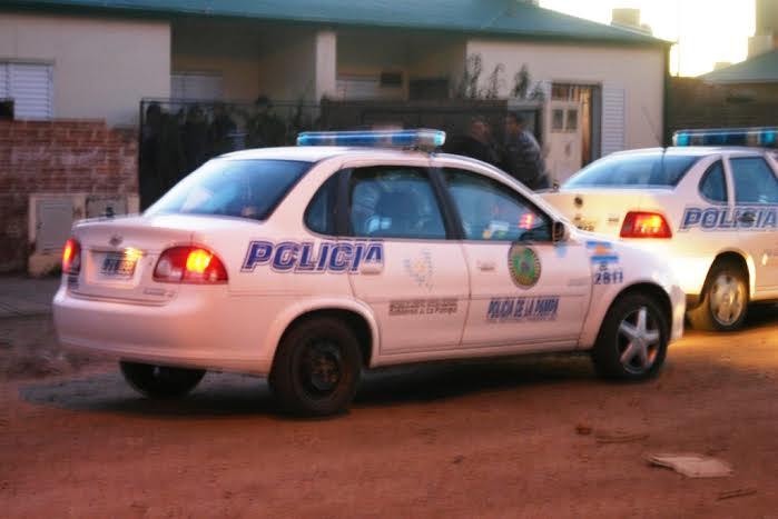 General Pico | Motochorros roban celulares y billeteras con cuchillo en mano. Hay detenidos
