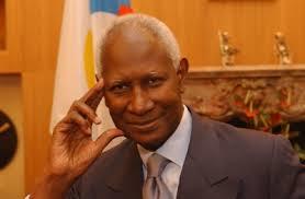 Le #CICD porte désormais le nom de Abdou Diouf, Secrétaire Général de la #Francophonie @OIFfrancophonie #SFDK2014 http://t.co/eLeaKkY6t4
