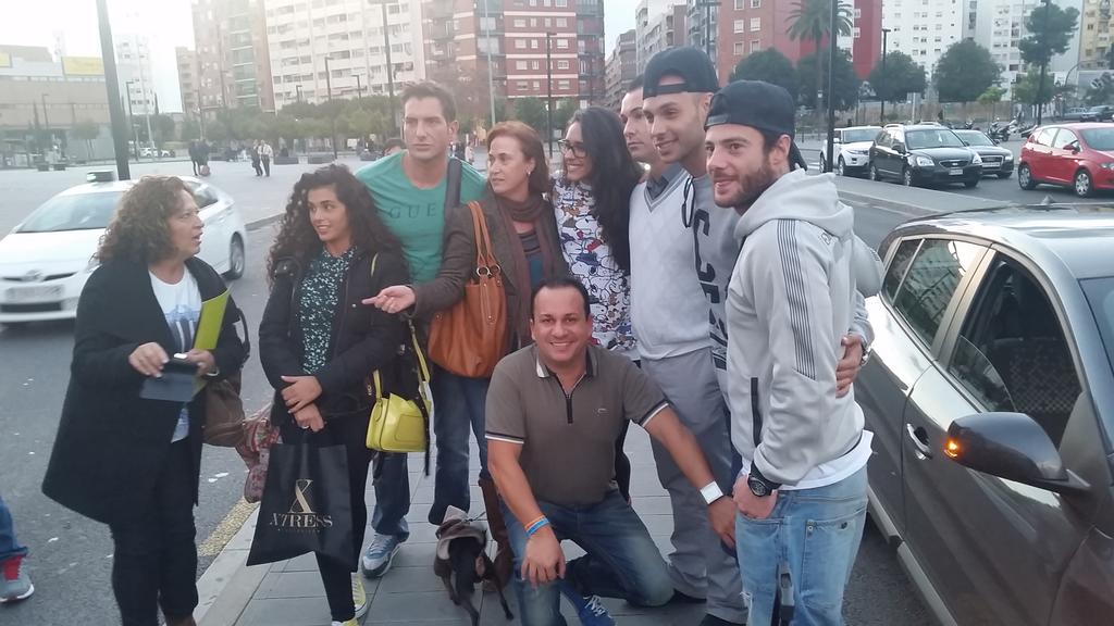 Fotos Quedada Noe y Aless Valencia 29 de noviembre de 2014 - Página 3 B3oGGVDIcAEhio9