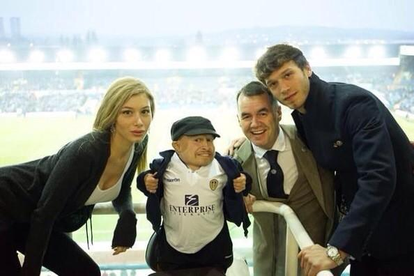Mini Me is a Leeds fan haha. Terry George ruins everything & good god Cellino's daughter is a smoke! http://t.co/6Ksmm641Ht