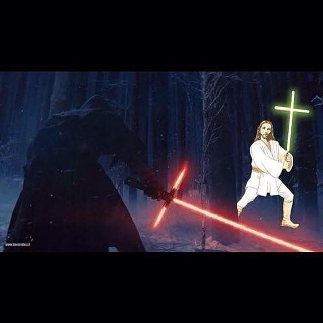 We knew it was coming... #StarWars #TheForceAwakens http://t.co/GYO34jfhx2 http://t.co/6BZMVw9iYw