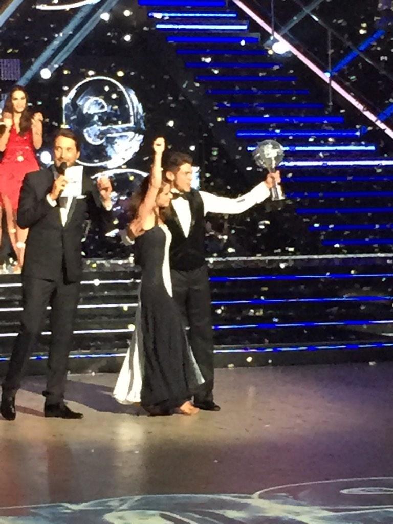 Félicitations à @BensettiRayane et @Denitsa_DCS4 pour leur victoire ce soir !!!! #DALS @DALS_TF1 http://t.co/paGOcudLT3