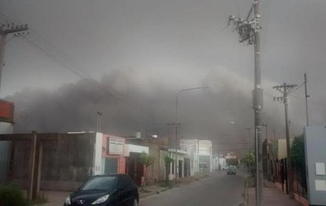 Arrecifes | Un tornado afectó parte de la ciudad provocando daños materiales