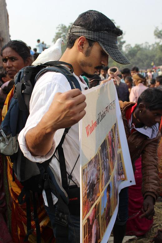 An exceptionally brave Nepalese animal activist facing a crowd of millions of blood thirsty #Gadhimai devotees. http://t.co/KWKiWVxD0d