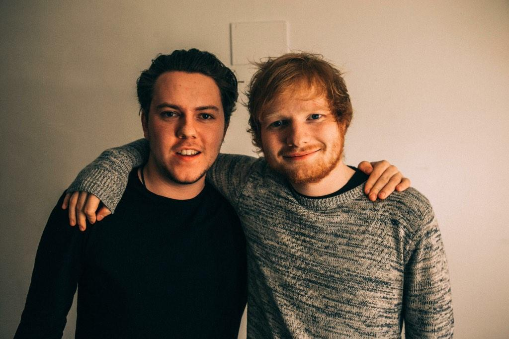 Cannot thank this guy enough for taking me on tour. Absolute legend, thanks bro @edsheeran x http://t.co/KWyItCvCfn