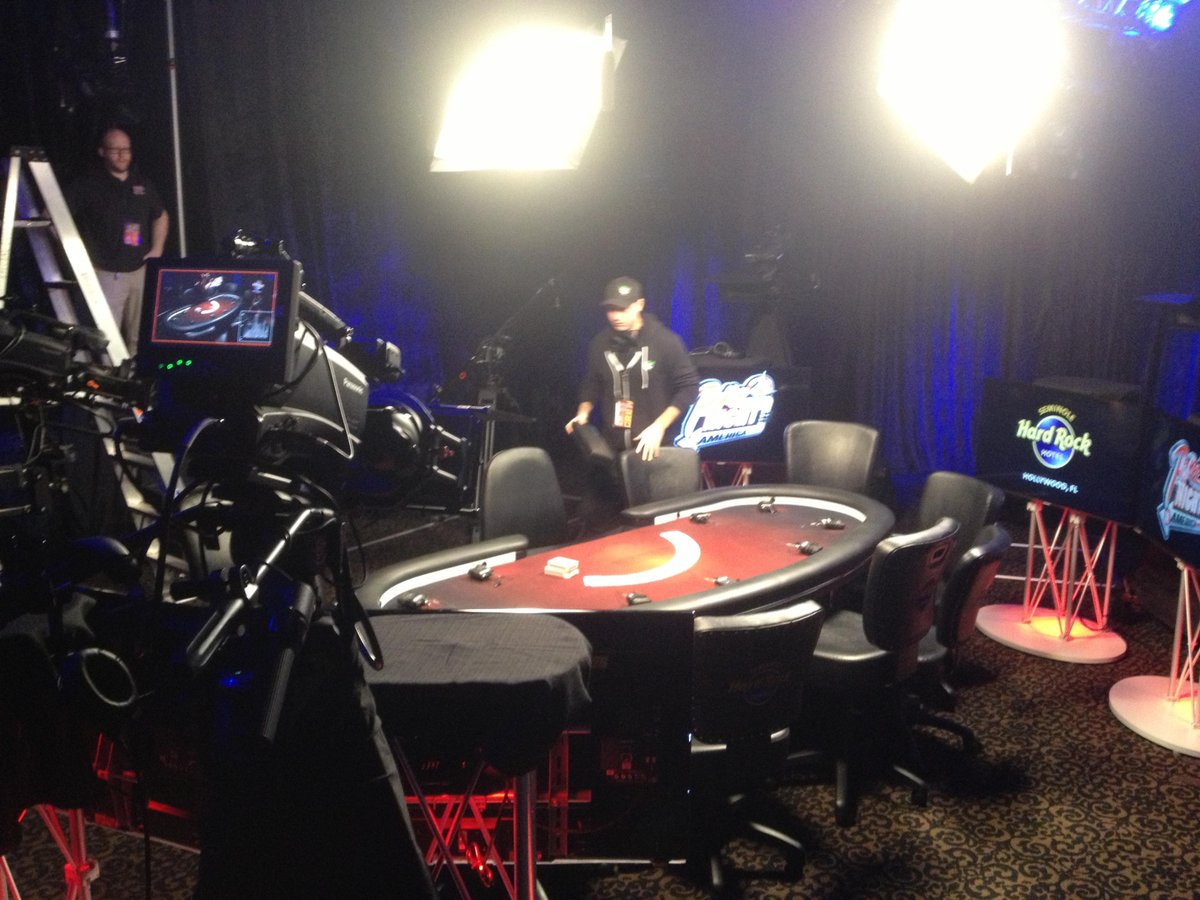 Getting ready for @PokerNightTV at @shrhollywood http://t.co/XNNuEFzC8o