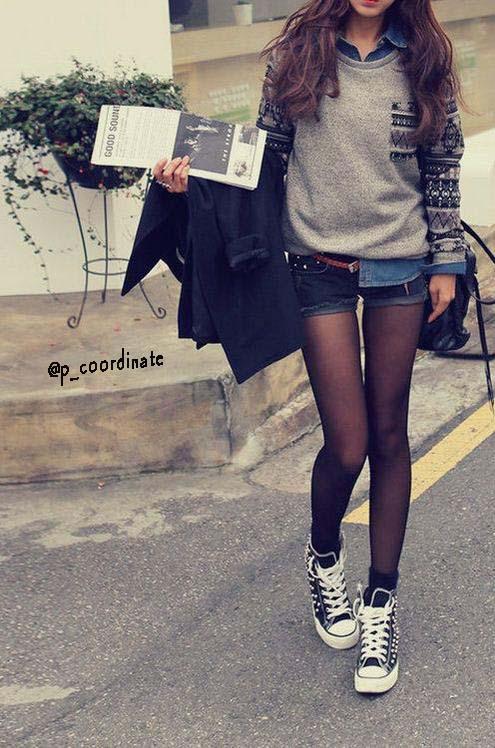 足を細く、さらにガーリーに見せたいなら薄手の黒タイツがオススメ!  110デニール以上の黒タイツは太く見えるので注意!pic.twitter.com/vZT5vr8QCe
