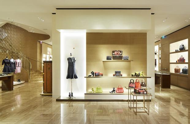 51987a127 vogue news en louisvuitton hablamos de suenos la firma abre una nueva tienda  en madrid