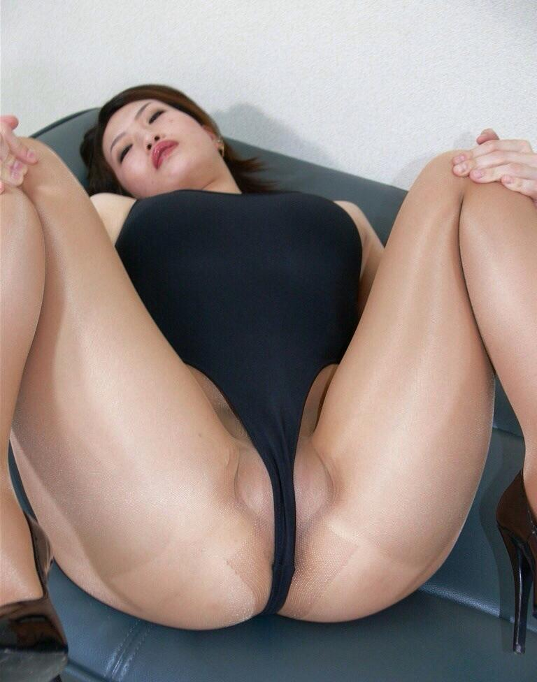 Asian Pantyhose Fetish At 35
