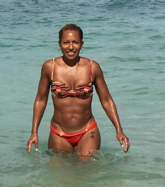 43f7d838d2ade Black dnt crack RT @necolebitchie: Jada Pinkett Smith's Mom Is 61 &Has A  Bangin' Bitchie Body! http://necoleb.it/1tAvM1V pic.twitter.com/Pp7rITANtt