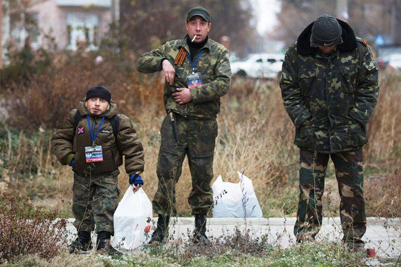 За сутки четверо украинских воинов получили ранения, погибших нет, - спикер АТО - Цензор.НЕТ 271
