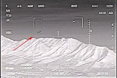 """Allunaggio UFO, codice segreto """"Babbo Natale"""" della NASA"""