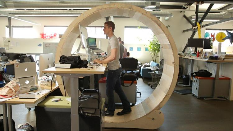 A human hamster wheel to boost productivity. This is wild! via @FastCompany http://t.co/ElkNQDgnsf http://t.co/LpBPNiKudX #happymonday