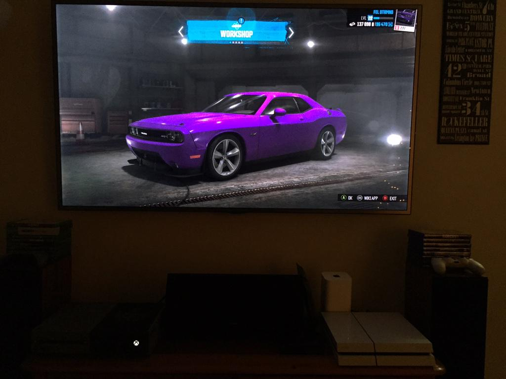 How does your on-screen SRT look? MT @Ryan__Rigg: I love making cars in games the same as my own in real life! http://t.co/XxRIVmx3GQ