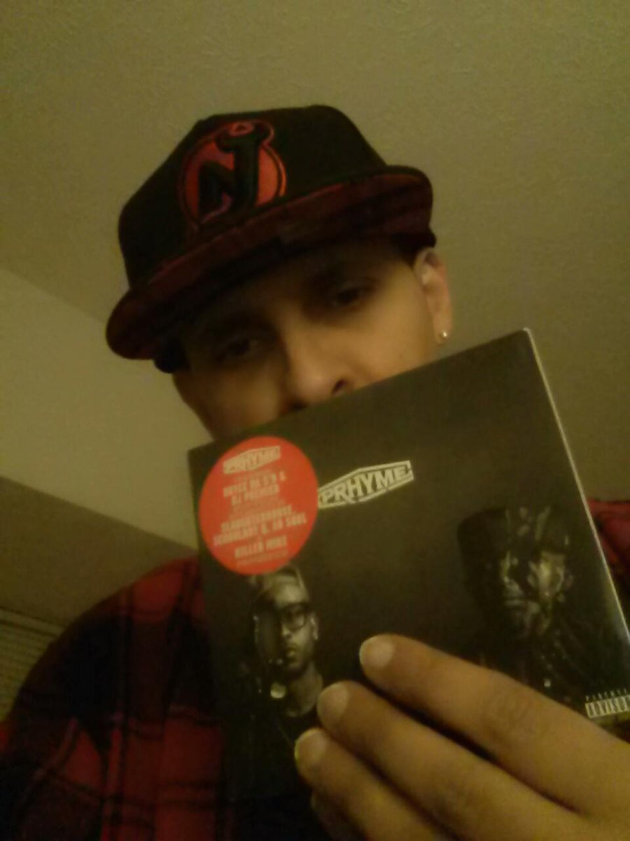 #PRHYME TIME!! S/O @AdrianYounge @Royceda59 @REALDJPREMIER YOU GUYS BROUGHT THE BEST OUT OF EACH OTHER! #HARDCOPY http://t.co/CJsR62gQCi