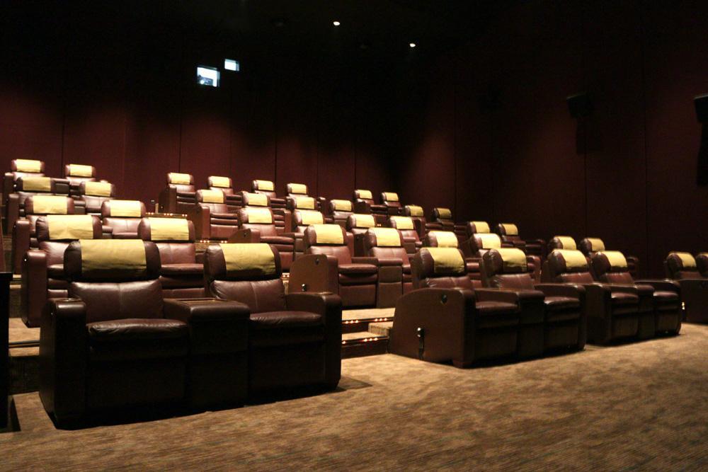 "Cinema XXI on Twitter: ""Sudah dibuka untuk umum"