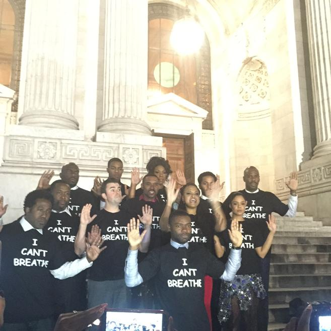 The cast of @selmamovie on the steps of NY Public Library #marchon #icantbreathe http://t.co/IgCgOu2StQ