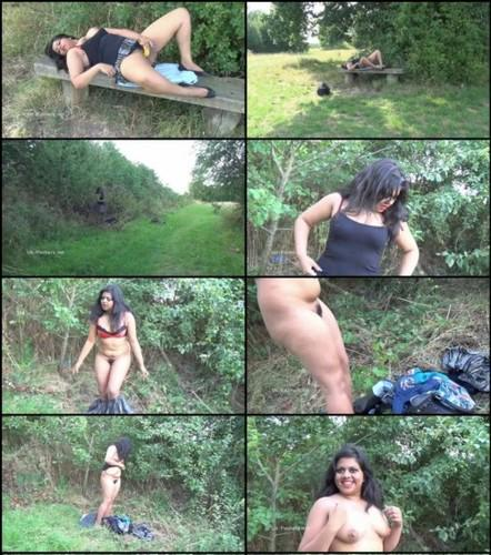 outdoor sex aunty
