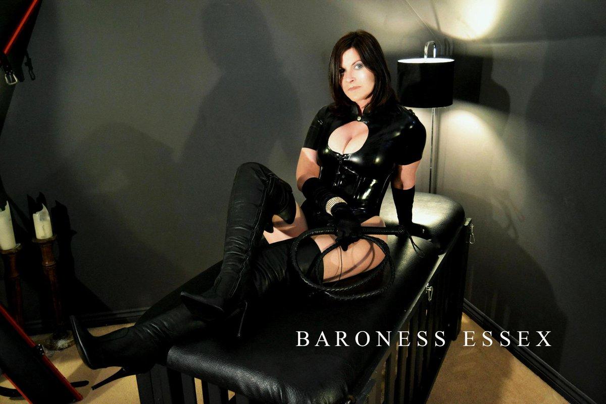 Indomitable baroness who handbags cyclists