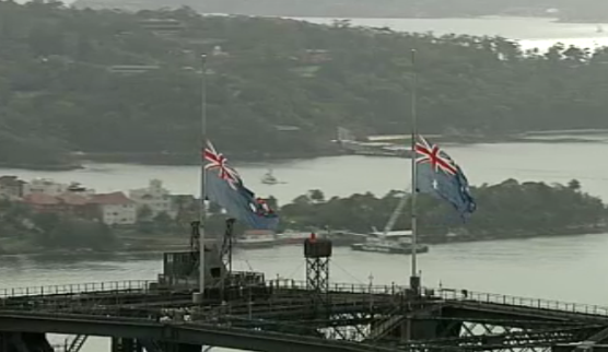 Flags flying at half-mast on NSW Government buildings today, honouring the deceased hostages #SydneySiege #9News http://t.co/J3ihSs5nPU