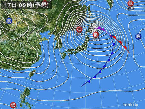 【北日本 見通しが全くきかない猛吹雪に】 http://t.co/S4yR9EVAKd 今夜から明日にかけて北海道付近で低気圧が急発達。2013年に猛吹雪で死者が出た時より発達する予想。北.. http://t.co/dcZIJ8yjJf