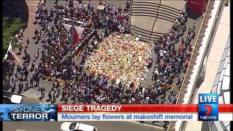 Such a sad day in the heart of Sydney @7NewsSydney #sydneysiege http://t.co/k1W7eV2vQE