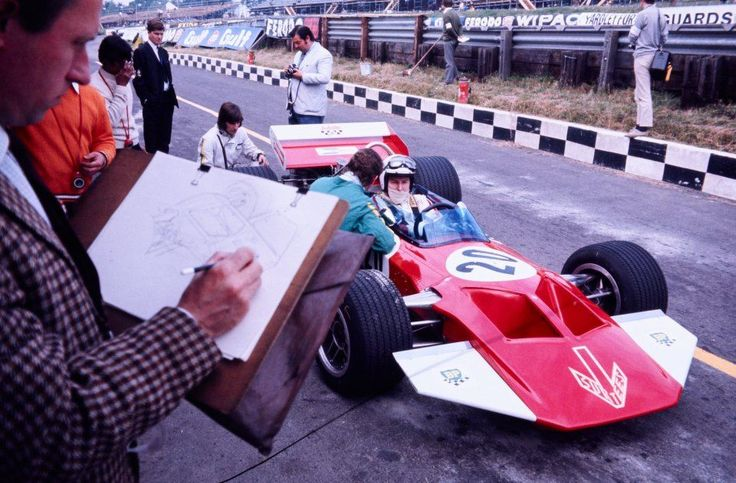 Surtees made its #F1 debut at Brands Hatch, and John Surtees drove the TS7. 1970 #BritishGP (Pic via @monzasgorilla)