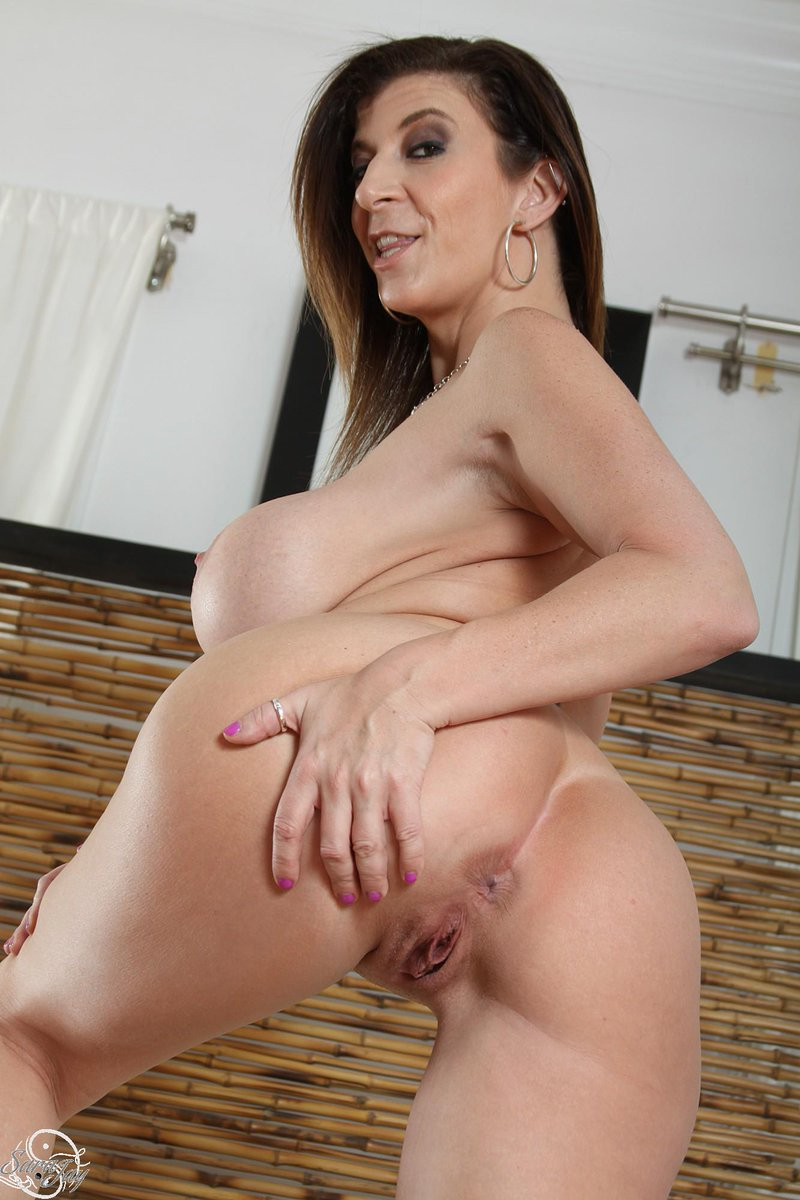 Thongthursday Sarajay Com Rt If You Like Pic Twitter Com Dqave6k9s8