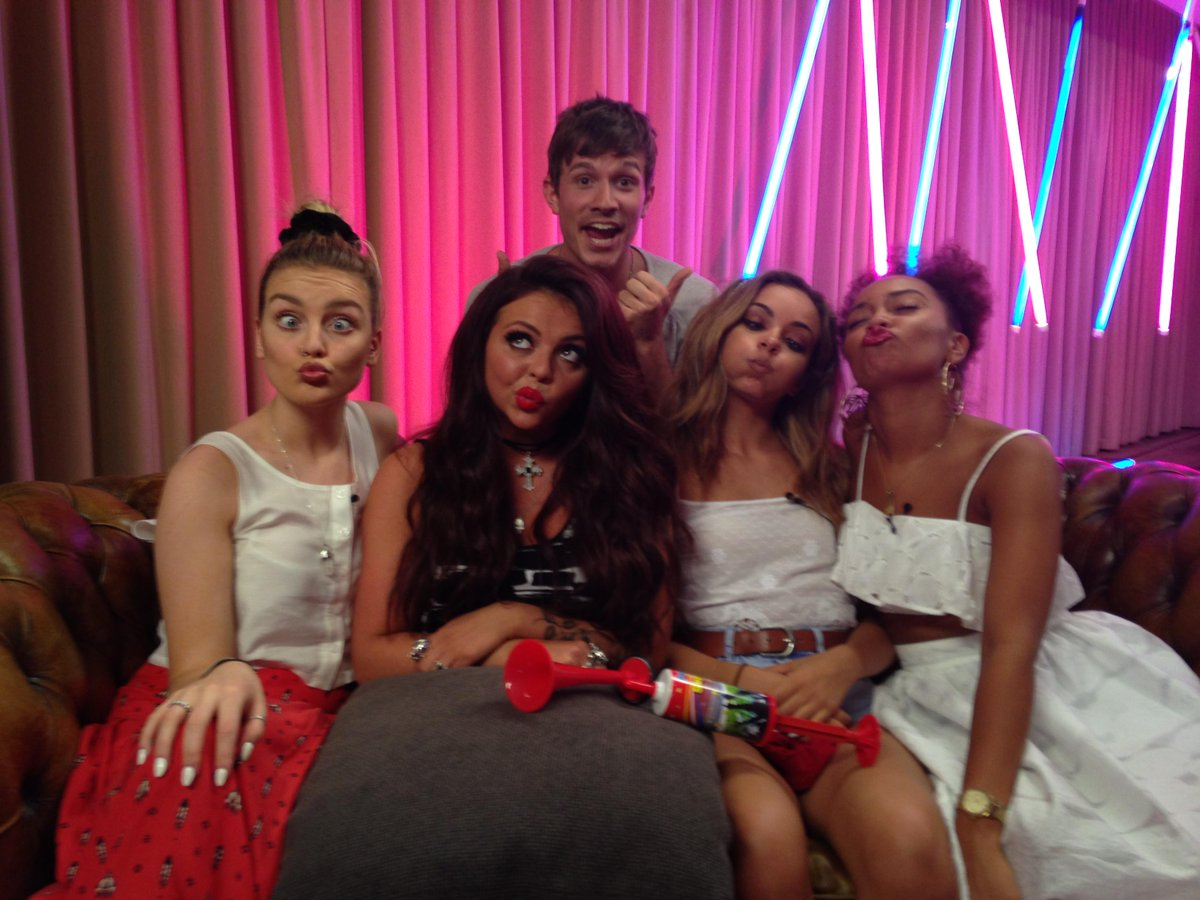 #TBT love doing a livestream for you guys. Who enjoyed this one in the summer? Another soon maybe? xx Little Mix xx http://t.co/JYFWjVUCMl