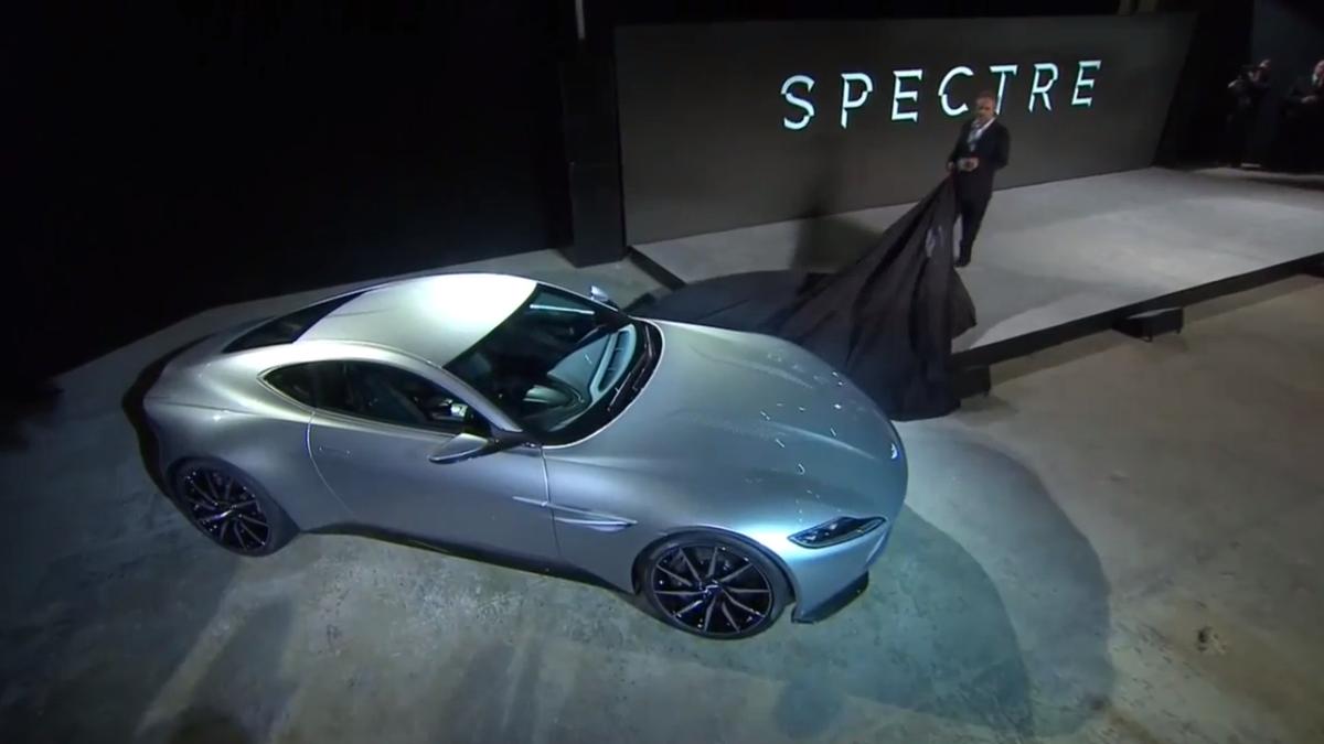 La voiture du prochain James Bond #Spectre : Aston Martin DB10 ! #AstonMartin #JamesBond #Bond24 http://t.co/M1mVEfL5Th