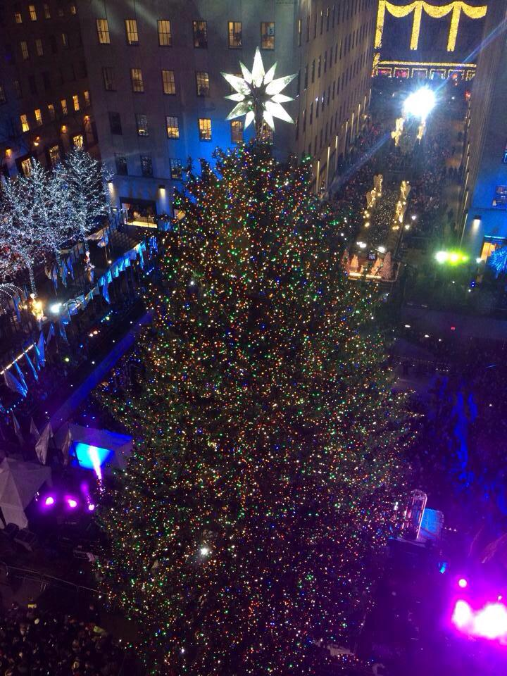 Thumbnail for Encendido del árbol de navidad en Rockefeller Center