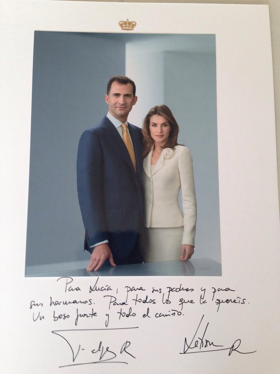 Felipe VI y Letizia - Página 2 B4BLuwBIIAA7gQk