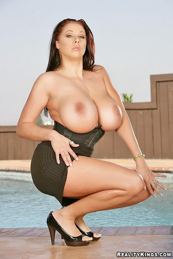 Big tits boobs pictures — photo 11