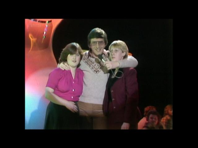 No caption needed. #TOTP http://t.co/LRb2Eoke25