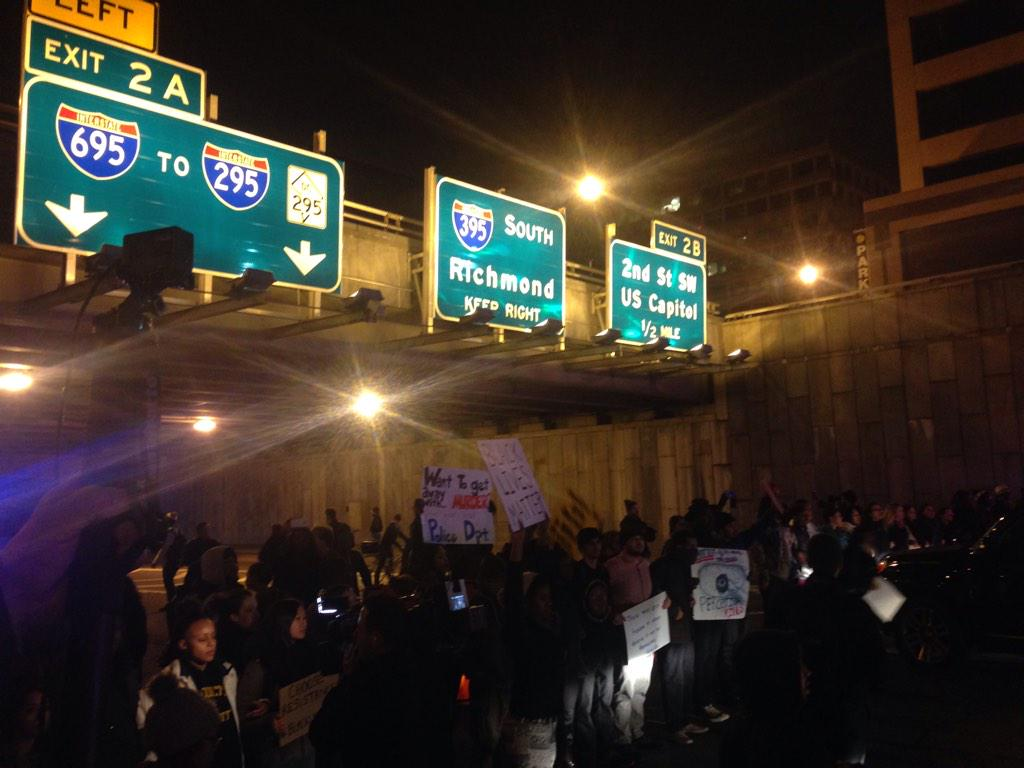 DC protesters blocking hwy 395: Show me what democracy looks like. This is what democracy looks like. http://t.co/ABo4487izI