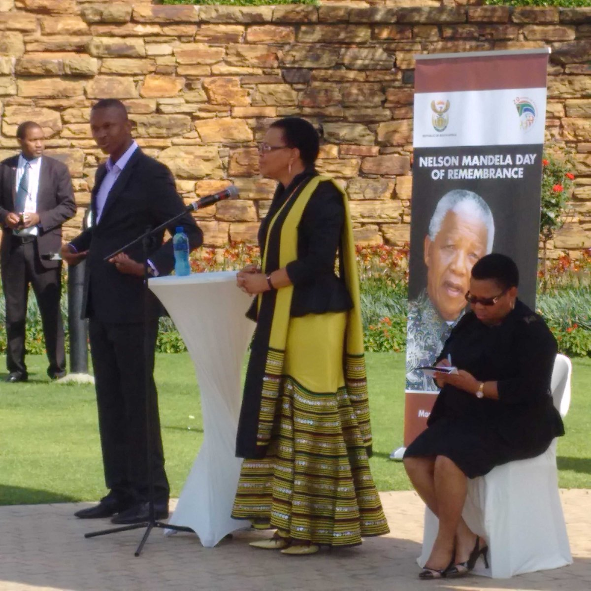 Mrs Graça Machel speaking at the wreath-laying ceremony in honour of the 1st anniversary of Madiba's passing http://t.co/VyR2D7Kyza
