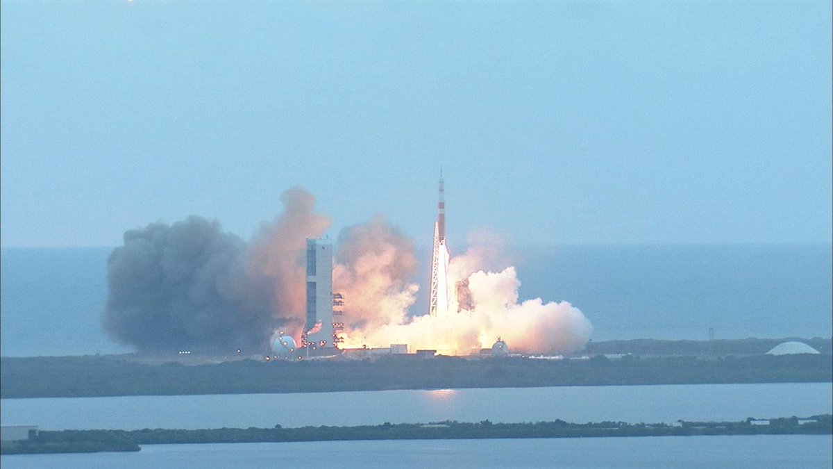 #Orion launched at 7:05am ET/12:05 UTC. Orion will orbit Earth twice, reaching a peak altitude of 3,600 miles. http://t.co/6Vqcab9SnT