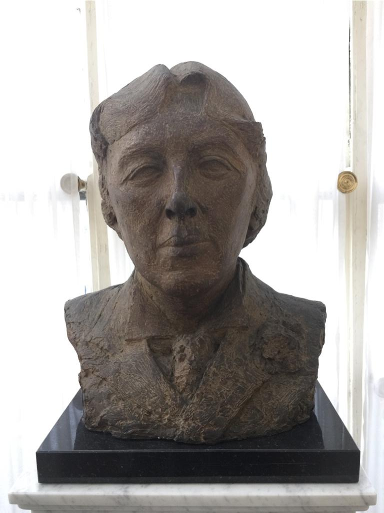A bust inside the house, now the property of the Dublin American University http://t.co/q8cdqBxAoe