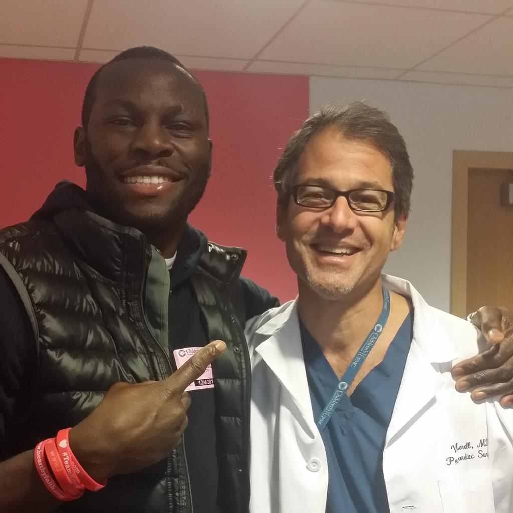 This right here is the mofo'n man,Dr morel, he put Kennedy's new heart in I love this man #puertoricandoctorsrock http://t.co/wW35xSgCYD