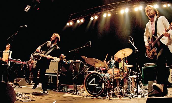 Cadê os fãs de Los Hermanos? A banda confirmou dois shows no Rio em outubro de 2015. http://t.co/217NT8LzYT #Gravina http://t.co/0C8EgKZ19E